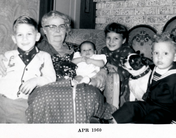 Bess & Great Grandchildren 1960