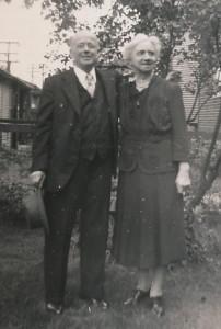 Roseville 1942-12