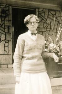 1920-30 Hazel short hair