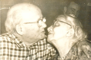 Walter & Blanche kissing