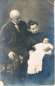 Stacy, Marian and Ida May 1908