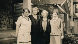 1927 Claudia,Bess,Blanche,Hazel Detrot